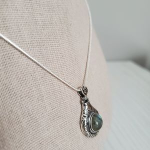 Sterling Silver and Labradorite necklace NWT